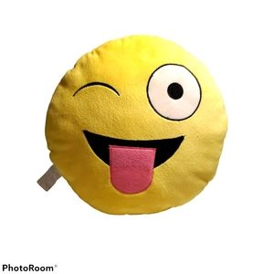 🏷2x$10 Emoji throw pillow, tongue out yellow